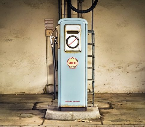 gas pump 1914310 640 e1512901929965