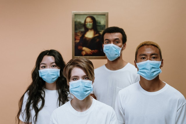 health workers wearing face mask 3957987